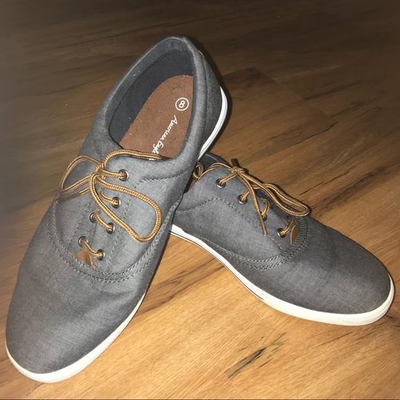e328238c7e5f Men's sneakers (dressy casual- preppy) size 8